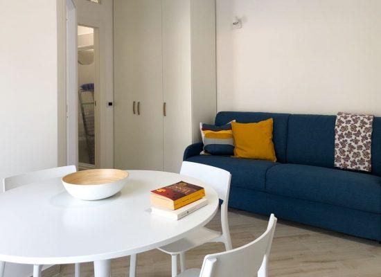 Appartamento bilocale - soggiorno cucina divano letto